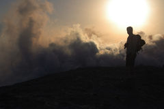 Parte superiore di grande cratere, vulcano Fotografie Stock Libere da Diritti