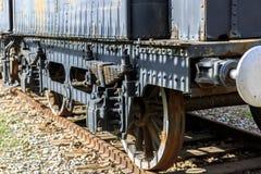 Parte traseira de um trem oxidado velho Fotografia de Stock