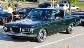 parte traseira modelo de Plymouth Barracuda Fast dos anos 60 imagem de stock