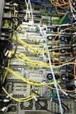Parte trasera del estante del servidor Imagenes de archivo