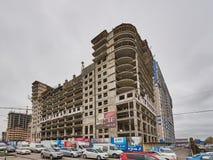 A parte uralskaya 75 di presidente del otel nella costruzione Un nuovo edificio residenziale sulla tecnologia di struttura monoli fotografie stock libere da diritti