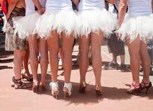 Partecipanti di Pride Parade agghindati come ballerini di balley Fotografia Stock Libera da Diritti