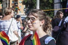 Partecipate della ragazza all'orgoglio del Lazio a Roma immagine stock libera da diritti