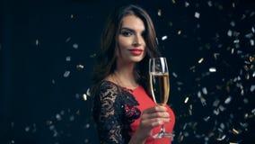 Partei, Getränke, Feiertage und Feierkonzept stock video