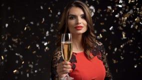 Partei, Getränke, Feiertage und Feierkonzept stock footage