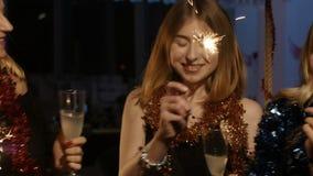 Partei im neuen Jahr stock video footage