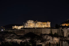 Partenone di notte immagini stock