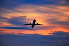 Partenza dell'aeroplano immagine stock