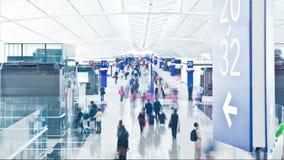 Partenze dell'aeroporto terminali stock footage