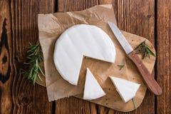 Partes de camembert Fotos de Stock