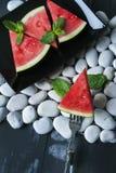 Partes de melancia fresca imagem de stock