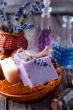 Partes de sabão em uma bacia Imagem de Stock Royalty Free