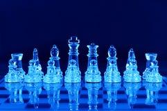 Partes de xadrez na placa de xadrez Fotos de Stock Royalty Free