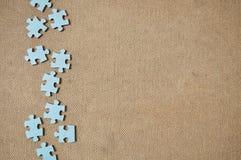 Partes simples do jogo do enigma do sumário do lado esquerdo. Fotos de Stock Royalty Free