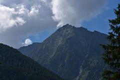 Partes superiores da montanha Fotografia de Stock