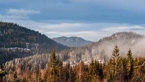 Partes superiores da montanha Fotografia de Stock Royalty Free