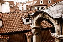 Partes superiores do telhado de Praga Imagens de Stock Royalty Free