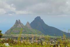 Partes superiores do vale e da montanha Trou Cerfs auxiliar, Curepipe, Maurícias Foto de Stock Royalty Free