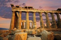 Parthenon en la puesta del sol foto de archivo
