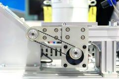 Parti automatiche di industriale dell'ingranaggio e della cinghia di produzione fotografie stock libere da diritti