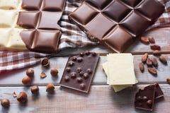 Parti del cioccolato delle mattonelle Fotografie Stock Libere da Diritti