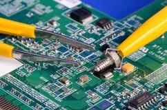 Parti del computer e strumenti di riparazione Immagine Stock