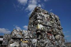 Parti demolita e schiacciato della ferraglia, Fotografie Stock