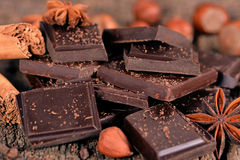 Parti di cioccolato scuro Immagini Stock Libere da Diritti