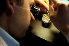 Parti di montaggio dell'orologiaio svizzero Fotografia Stock Libera da Diritti