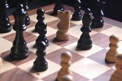Parti di scacchi sulla scheda Fotografia Stock
