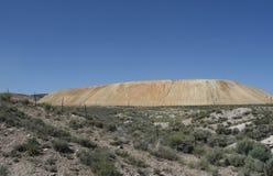Parti incastrata di un mattone in aggetto della miniera, Nevada Fotografie Stock Libere da Diritti