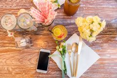 Parti som äter middag tabellen Royaltyfria Foton