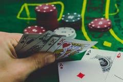 partia pokeru gracza patrzeć fotografia royalty free