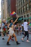 Participant du torse nu LGBT Pride Parade à New York City Photo libre de droits
