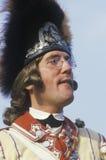Participante que levanta como um oficial de exército britânico durante o reenactment da Revolução Americana Fotos de Stock Royalty Free