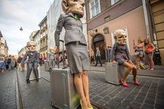 Participantes anualmente (os 9-12 de julho) no 28o festival internacional de teatros da rua Fotografia de Stock
