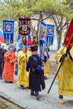 Participantes de la procesión religiosa Fotografía de archivo