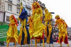 Participantes del desfile 2018, Bruselas de Zinneke foto de archivo libre de regalías