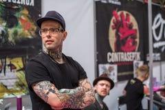 Participantes en el 10mo convenio internacional del tatuaje en centro de la Congreso-EXPO Imagen de archivo