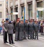 Participantes suizos del desfile del día nacional Imagen de archivo