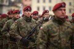 Participants célébrant le Jour de la Déclaration d'Indépendance national une République de la Pologne Image libre de droits