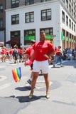 Participants de Delta Airlines LGBT Pride Parade à New York City Photographie stock