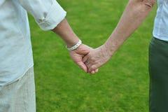 Participation pluse âgé de couples Photo stock