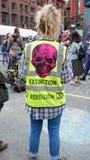 Participent il partito di via di ribellione di estinzione fotografie stock libere da diritti