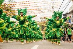 Participez au défilé au festival de Sinulog photo libre de droits