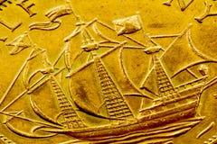 Particolare alto della moneta della nave Fotografie Stock