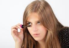 Particolare che applica mascara Fotografia Stock