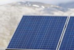 Particolare dei pannelli solari nelle montagne di Madonie Immagini Stock Libere da Diritti