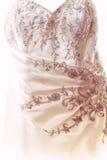 Particolare del vestito da cerimonia nuziale Fotografie Stock