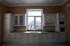 Particolare dell'interiore classico della cucina Fotografie Stock Libere da Diritti